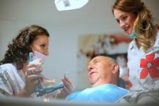 Dr Suteu Denisa - chirurgie orala