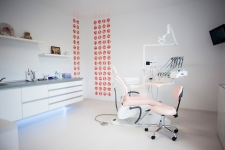 Cabinete stomatologice Clinica Denta Care