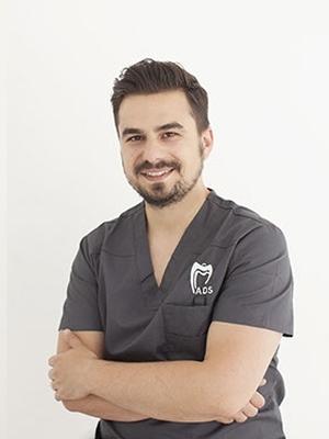 Dr. Raul Muresan
